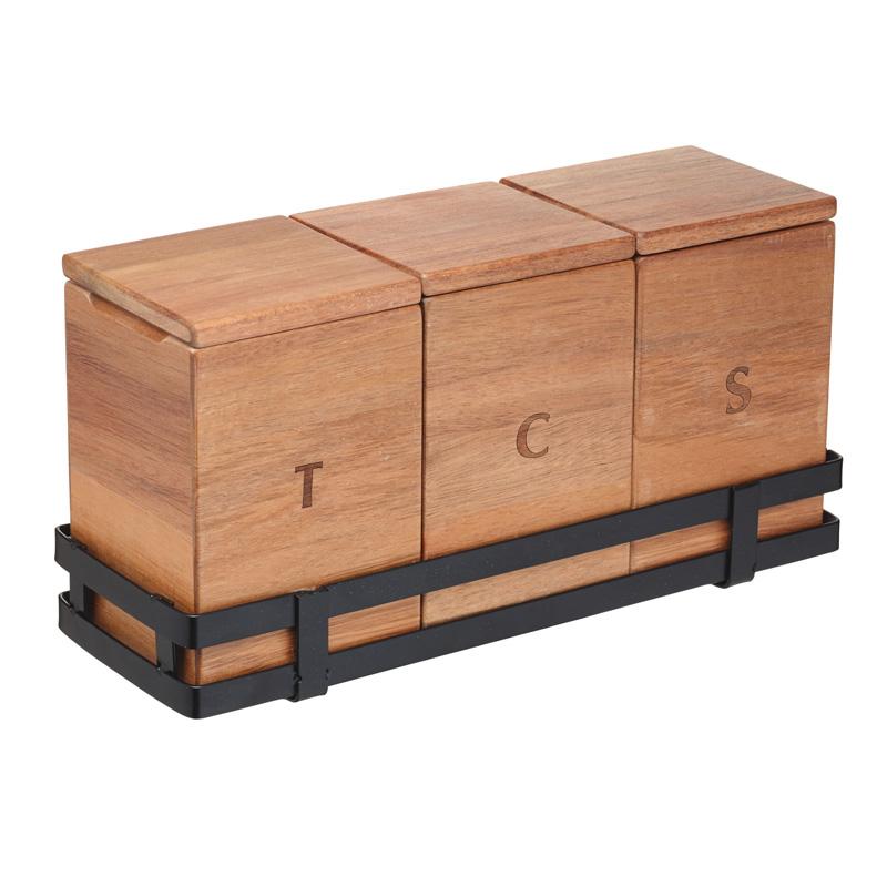 Zestaw drewnianych pojemników